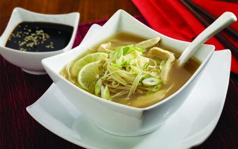 Sopa de Fideos Oriental