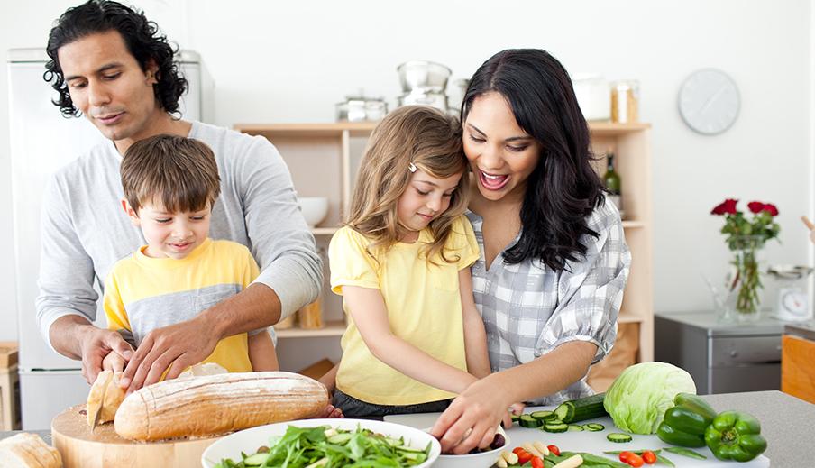 Tips para cocinar con tus hijos